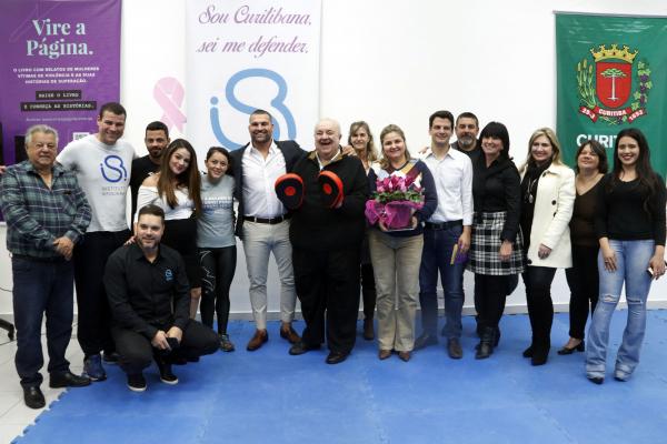 Prefeito Rafael Greca participou de lançamento do curso