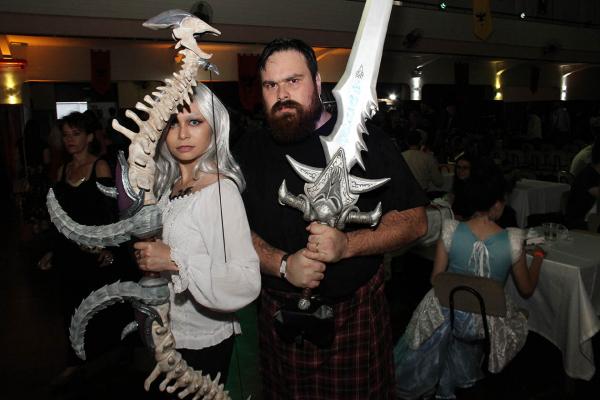 Muitos cosplays participaram ontem no encontro medieval