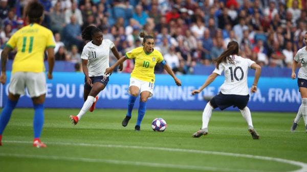 Marta, diante da França: Brasil era azarão, mas fez jogo equilibrado
