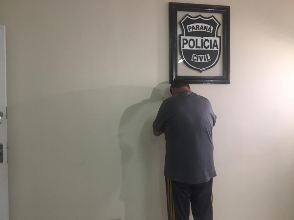 O suspeito preso pela Polícia Civil