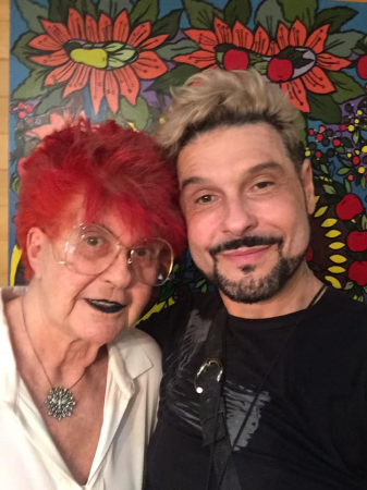 Dois ícones de Curitiba, a eterna Dona Ety Forte e o multi produtor Victor Sálvaro