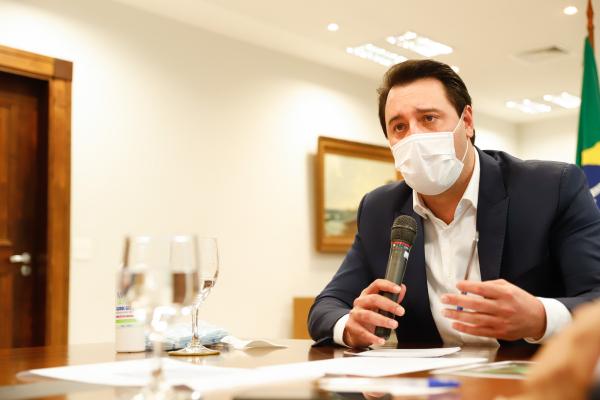 """Ratinho Jr: """"O que define se continua ou não é a incidência de pessoas infectadas, número de leitos de UTI"""""""