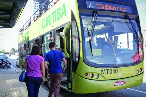 Linha Turismo de Curitiba: uma das atrações para os turistas