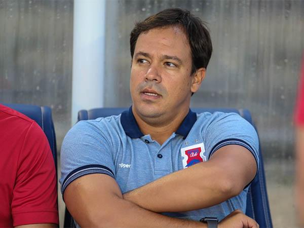 Dado Cavalcanti, técnico do Paraná