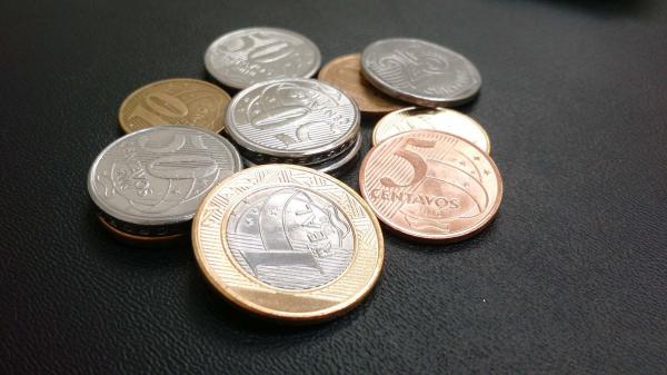 Moedas e troco podem se transformar em dinheiro virtual