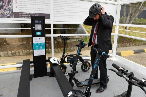 O presidente do Lactec, Luiz Vianna: entusiasta da eletromobilidade