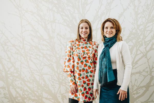 A artista plástica Marilene Ropelato e a empresária Mariana Gaião