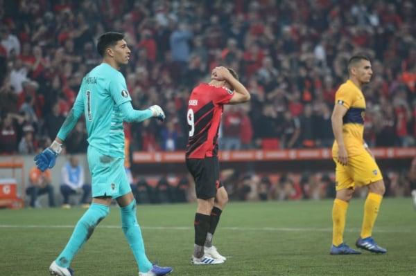 Marco Ruben, em jogo do Athletico