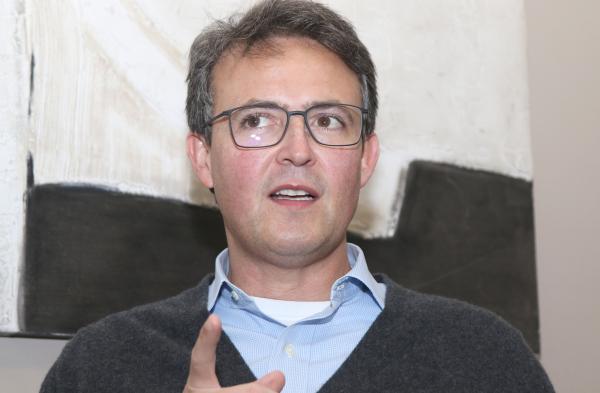 João Guilherme (Novo): prefeito não cuidou da saúde, nem da economia