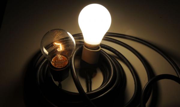 Lei prevê descontos de até 65% nas contas de luz.