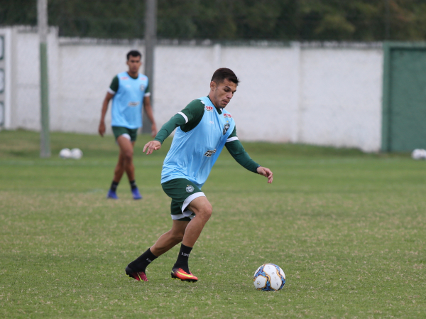 Wellington Júnior: escalado para a estreia do Coritiba