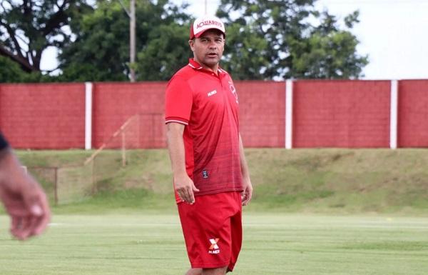 Umberto Louzer: campeão da Série A2 com o Guarani