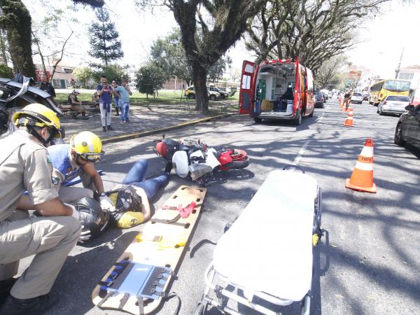 De 1996 até 2017, foram 65.349 mortes em acidentes de trânsito no Paraná: ocupantes de carros lideram estatísticas