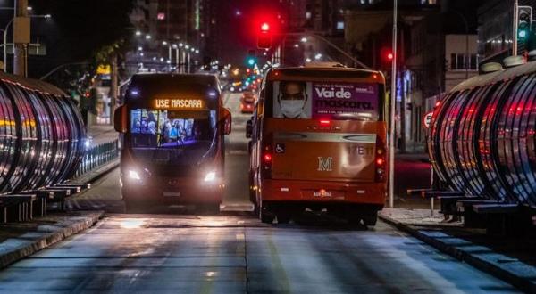 Uma das preocupações, segundo a Assomec, ainda é a lotação dos ônibus