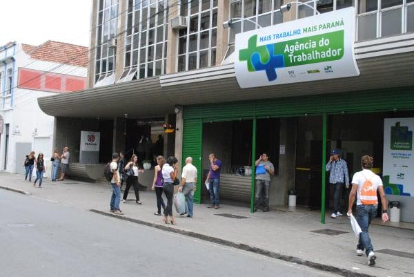 Agências do Trabalhador do Paraná atuam de forma mais dinâmica