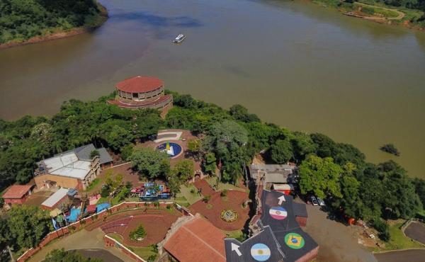 Imagem da Tríplice Fronteira, em Foz do Iguaçu