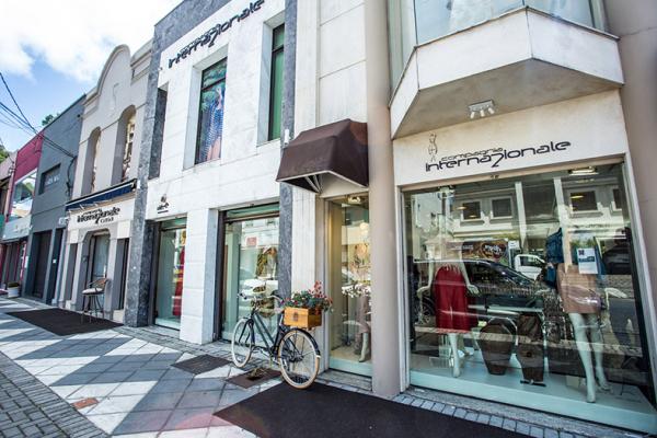 A loja localizada na Rua Deputado Antonio Baby, 55 passou por uma repaginação