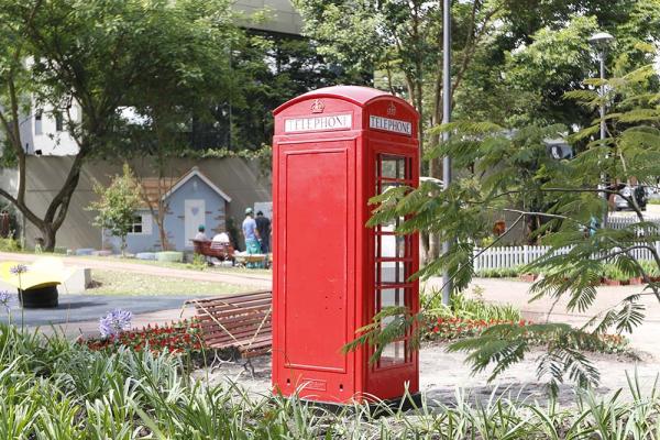 Cabine de telefone vermelha, um dos símbolos britânicos