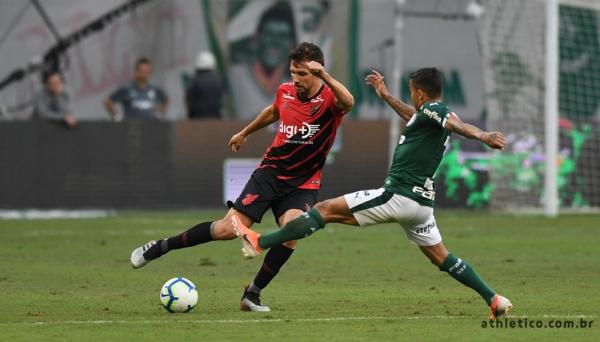 Paulo André enfrenta o Palmeiras