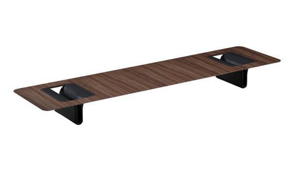 No estilo contemporâneo, as mesas costumam apresentar base em um material e tampo em outro. Peça de Ronald Sasson, disponível na Ton Sur Ton