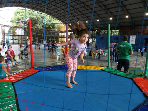 Crianças que estão em férias escolares em Curitiba terão à disposição muita diversão gratuita perto de casa