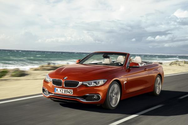 BMW Série 4 Cabrio Sport 2019/20: novo design dos faróis estão entre as novidades do esportivo