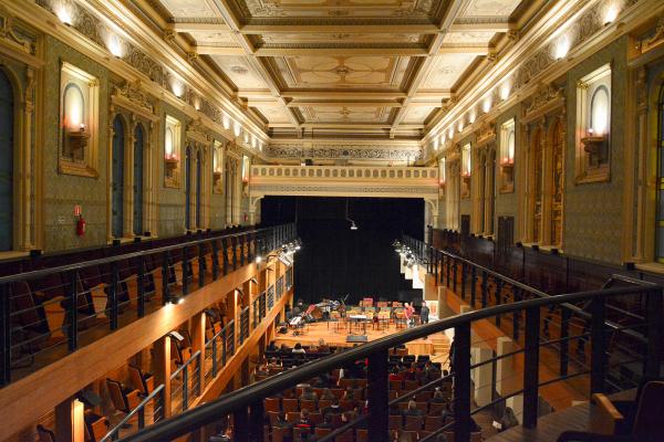 Capela Santa Maria: Será o primeiro espetáculo inclusivo da 37ª Oficina de Música de Curitiba, evento que se abre para as pessoas com deficiência e homenageia um surdo: o gênio alemão da música erudita Ludwig van Beethoven.