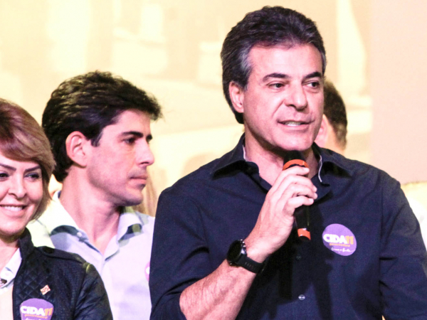 Fernando e Beto Richa: compra de imóveis suspeita