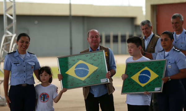 Repatriados em Anápolis, neste domingo: de volta para suas casas