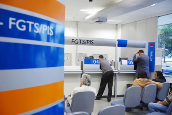 Caixa e BB iniciam pagamento de cotas do abono salarial do PIS/Pasep
