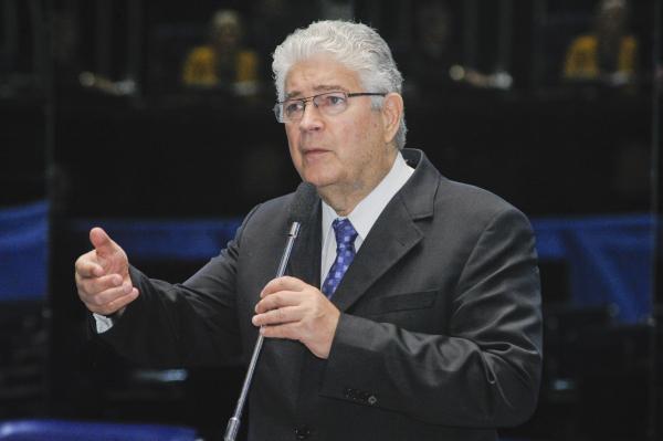 Requião: ex-governador conversou com diretor da Paraná Pesquisas