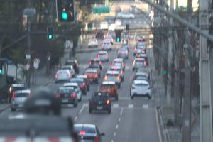 Mudanças no Código de Trânsito entram em vigor nesta segunda. Veja 20 delas