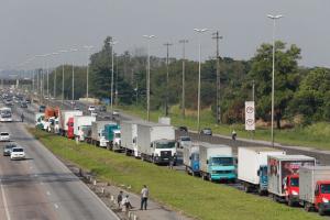Lideranças dos caminhoneiros negam greve prevista para o dia 30 de março