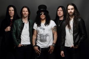 Mago das guitarras, Slash toca nesta sexta-feira em Curitiba
