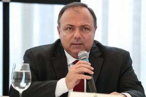 Estoques de hidroxicloroquina no país estão zerados, diz ministro interino da Saúde