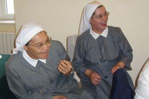 STJ manda Detran do Paraná liberar a freiras direito de foto com véu na CNH