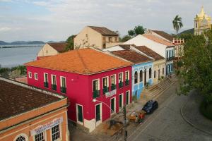 Justiça determina bloqueio de bens de prefeito de Antonina, da mãe dele e mais quatro pessoas