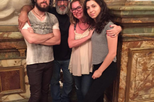 Família de artistas se une e lança projeto musical Palco em Casa