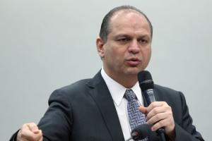 Novo líder do governo Bolsonaro, Barros defende distribuição de cargos e 'enfrentar servidores'