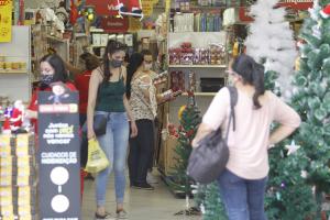 Vendas do varejo paranaense em setembro superam 2019