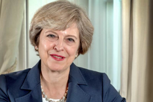 Theresa May alerta sobre riscos se Brexit for recusado