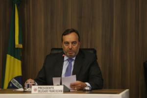 Audiência pública discute fim de aposentadorias a ex-governadores do Paraná