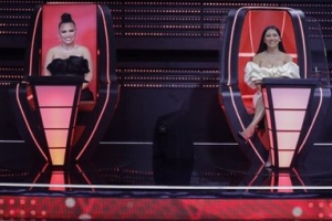 Simone e Simaria decidem voto por WhatsApp no 'The Voice Kids'