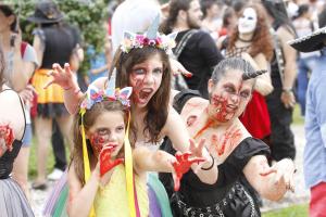 Zombie Walk de Curitiba completa 10 anos com eventos paralelos