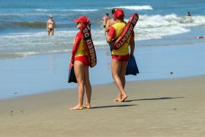 Praias do Paraná registram três mortes por afogamento