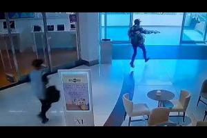 Trio armado invade shopping de Curitiba e causa pânico. Veja vídeo