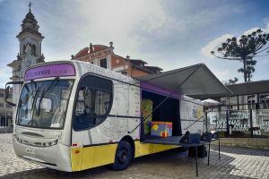 Música, arte e circo a bordo do Ônibus da Cultura neste fim de semana