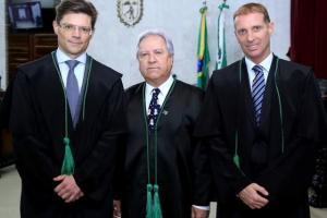 Presidente, vice e corregedor do TCE-PR no biênio 2019-2020 tomam posse nesta quarta