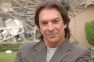 Morre o ator Kito Junqueira, aos 71 anos, em Curitiba
