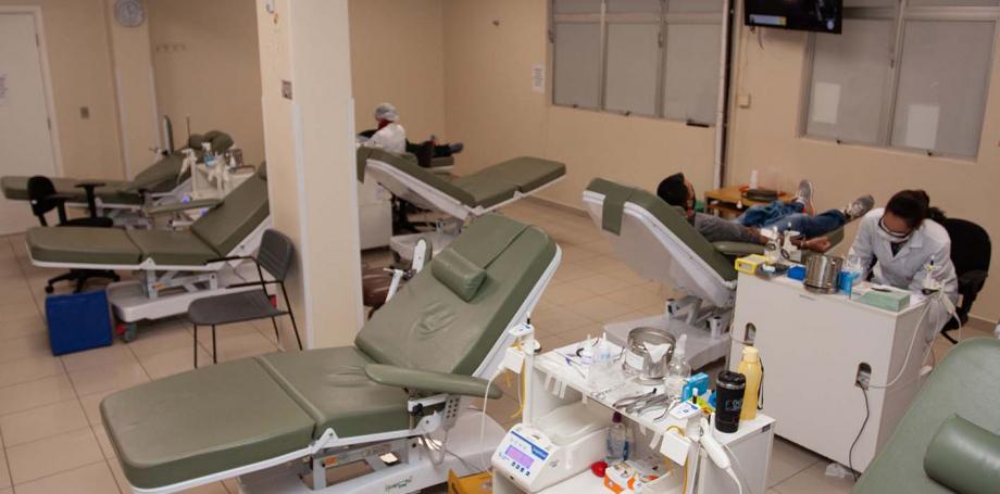 Hemepar vê queda de até 25% nas doações de sangue na pandemia e faz apelo a doadores